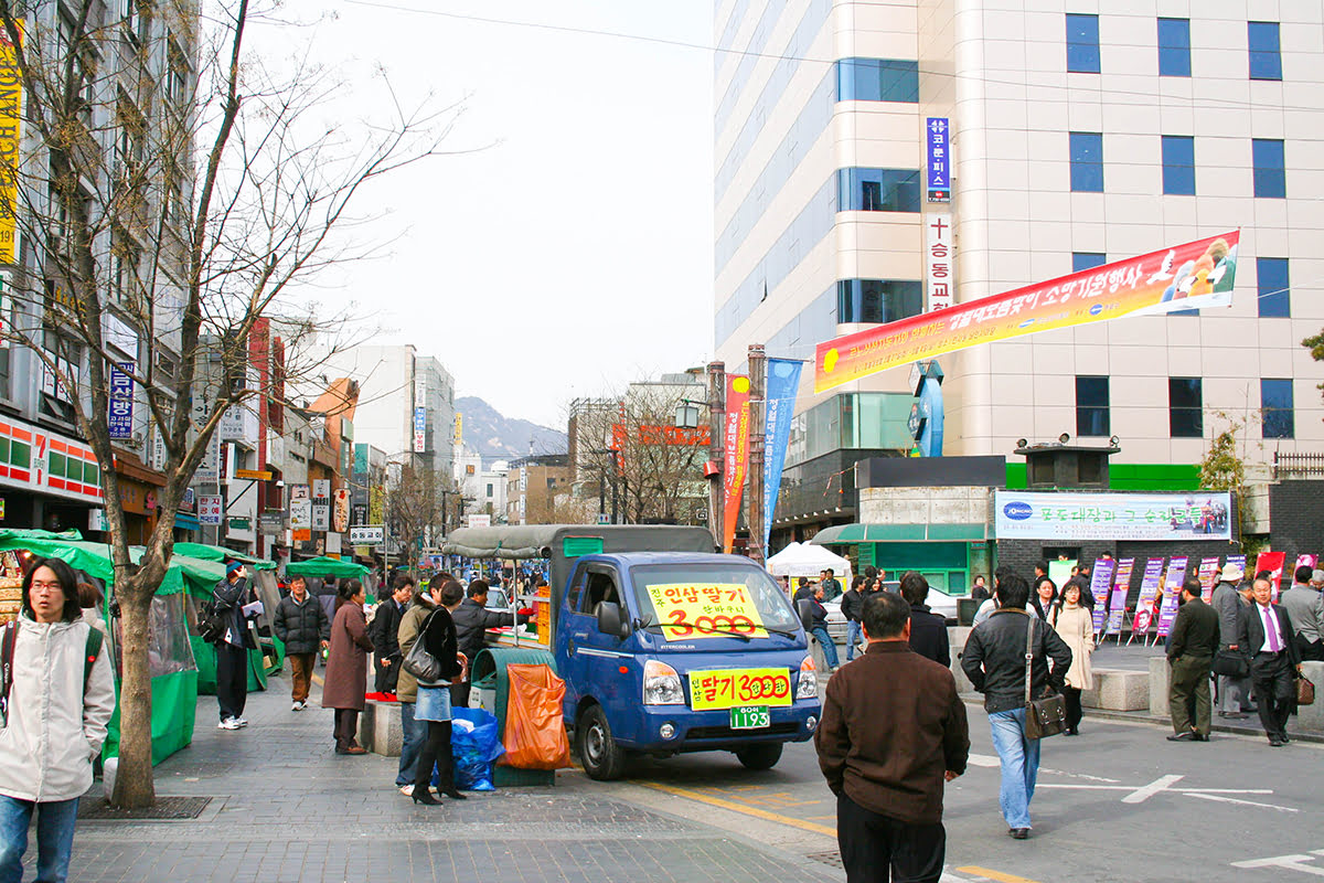 Insadong-things to do-Seoul-Insadong neighborhood