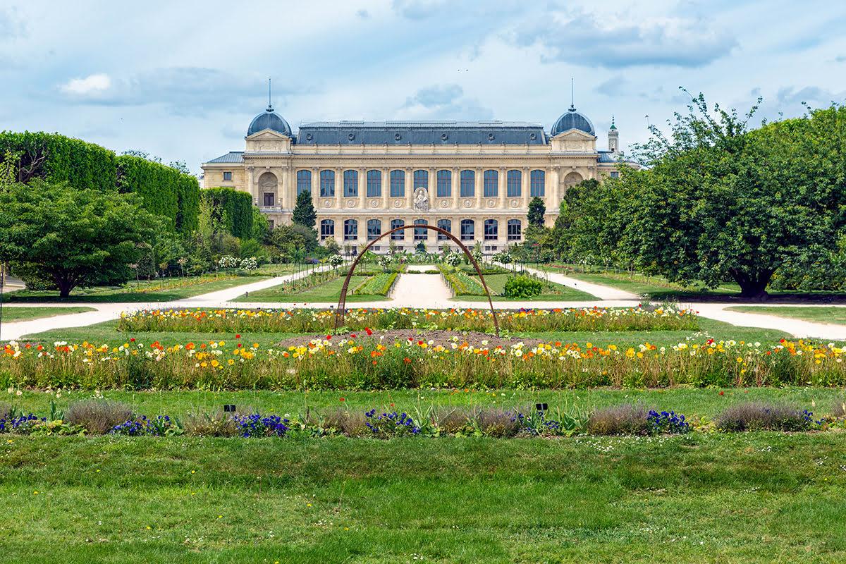 Latin Quarter-Paris-Jardins des Plantes and National Museum of Natural History