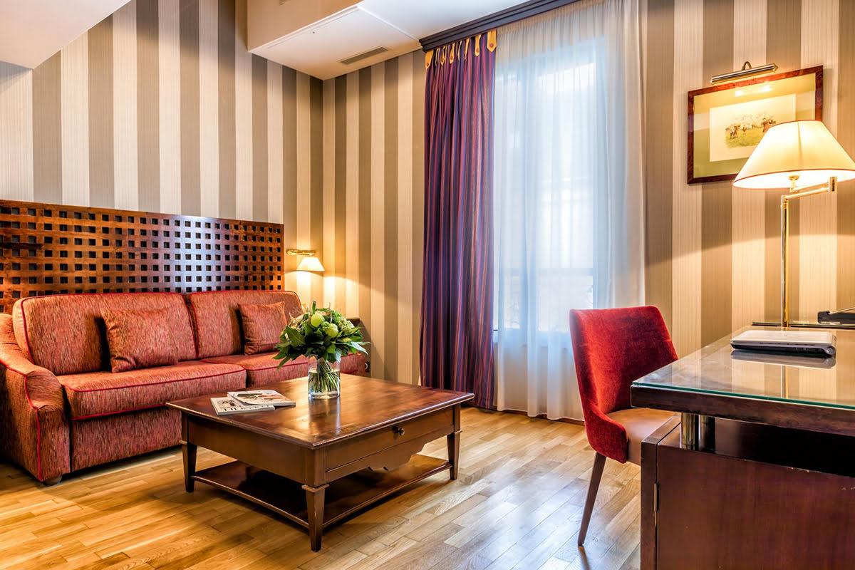 Latin Quarter-Paris-Villa Pantheon Hotel