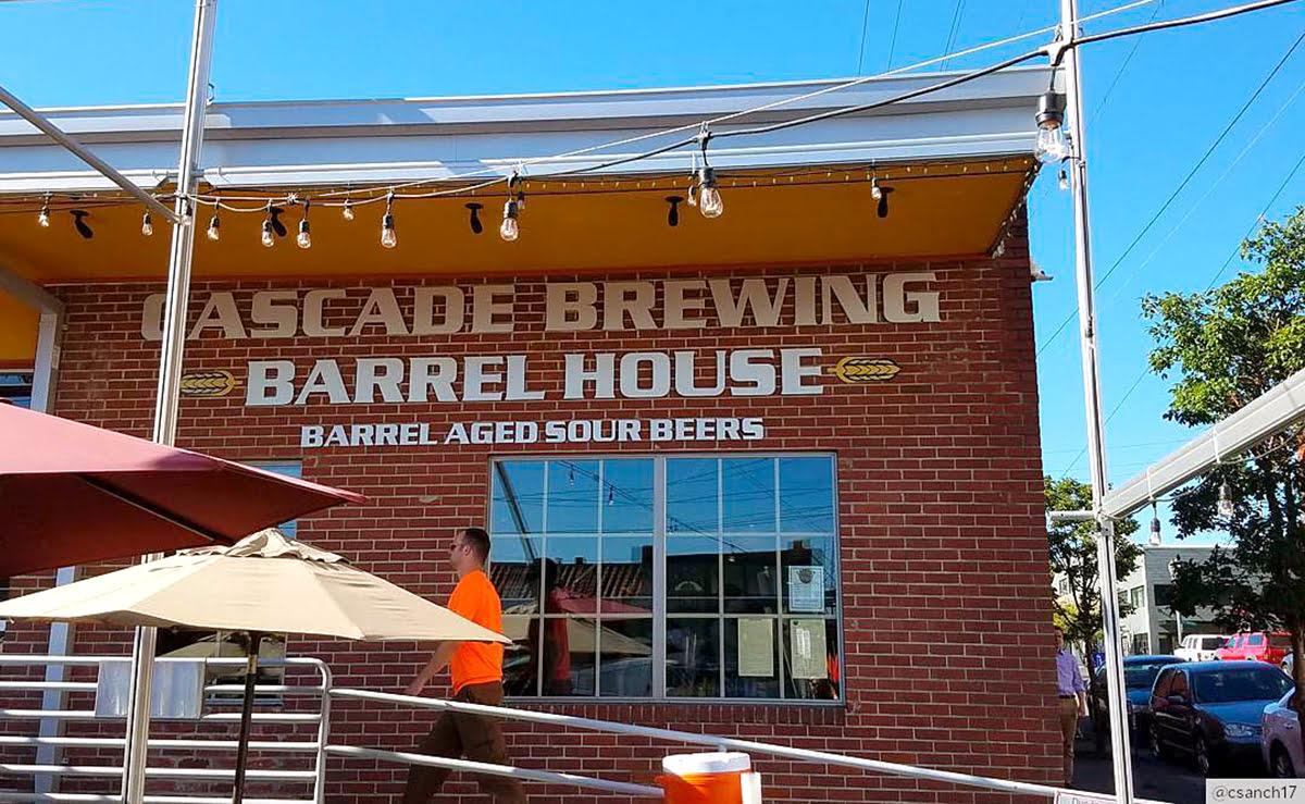 เมืองจิบเบียร์ยอดฮิต-Cascade Brewing Barrel House