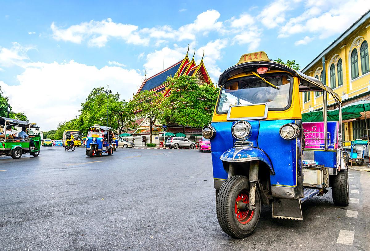 Du lịch Băng Cốc-Thái Lan-Phương tiện di chuyển-tuk tuk-BTS
