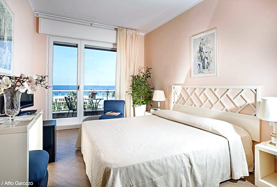 Hotels in Sicily-Italy-things to do-Mondello Palace Hotel