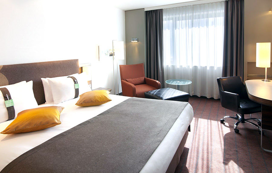Hotels in Kazakhstan-things to do-Holiday Inn Almaty