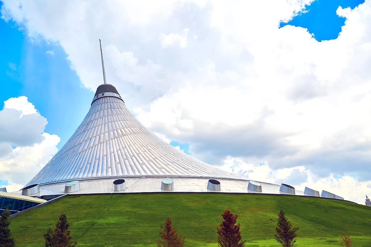 Things to do in Kazakhstan-Khan Shatyr Entertainment Center