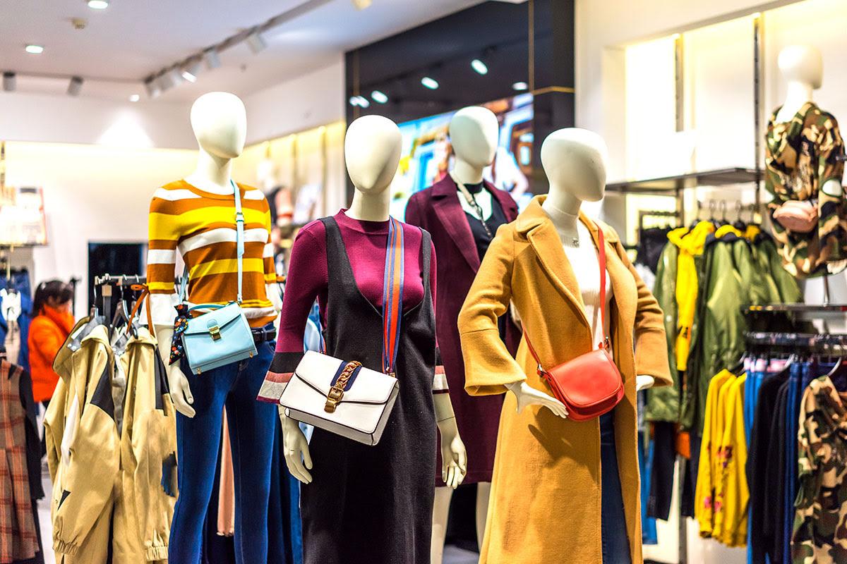 Shopping in Dubai-UAE-Dubai Outlet Mall
