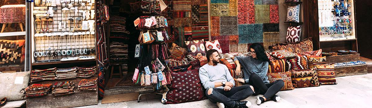 Featured photo-Arabic textiles-shopping in Dubai-UAE