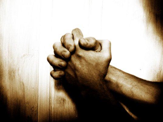 No deberíamos pensar que sólo por ofrecer una oración a Dios por una situación determinada, Él lo hará y ya está. Para que una oración sea contestada y llegue a su destino, para que la oración sea eficaz, una guerra ha de llevarse a cabo.