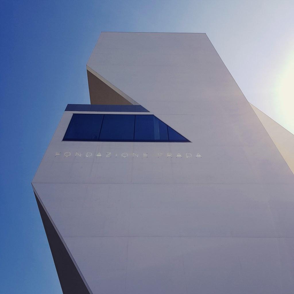 Fondazione Prada: il non spazio griffato