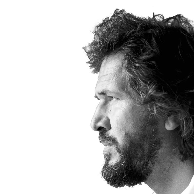 Read more about the article Uno sperimentalismo colto: intervista a Stefano Pujatti