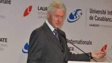 Photo of بيل كلينتون يتحدّث لطلاب الجامعة الدولية بالدار البيضاء عن المستقل الواعد للمغرب