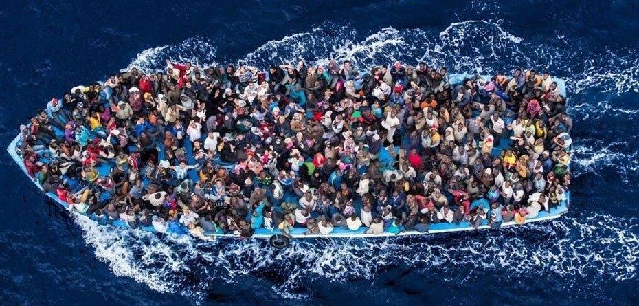 المنظمة الدولية للهجرة: غرق نحو 60 مهاجرا قبالة ساحل اليمن بعدما أجبرهم مهرب على القفز في البحر