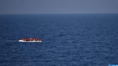 Photo of البحرية الملكية: إغاثة 71 مرشحا للهجرة السرية ينحدرون من إفريقيا جنوب الصحراء عرض ساحل طنجة