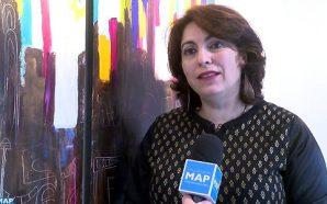 الفنانة التشكيلية المغربية ليلى بنحليمة توقع ببروكسل على لوحات تنشد…