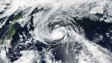 Photo of اليابان: إلغاء أكثر من 100 رحلة طيران مع اقتراب إعصار قوي