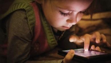 Photo of الأطفال تحت سن الخامسة يجب أن يقضوا وقتا أقل أمام الشاشات الإلكترونية
