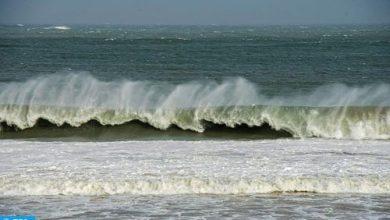Photo of أمواج خطيرة يتراوح ارتفاعها بين 4 و6 أمتار على السواحل الأطلسية ابتداء من بعد غد الإثنين