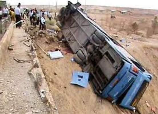 Photo of أزيلال: 7 قتلى و37 جريحا في اصطدام شاحنة بحافلة للركاب