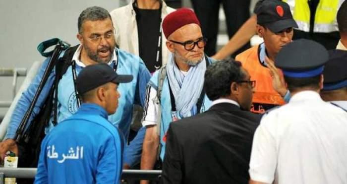Photo of منع مصورين من ولوج أرضية ملعب طنجة خلال لقاء المنتخبين المغربي والتونسي