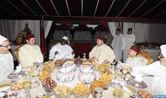 Photo of جلالة الملك يترأس بالدار البيضاء مأدبة إفطار بمناسبة عيد العرش المجيد