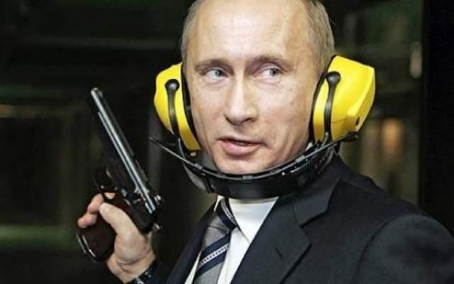 """Photo of حليف الأسد """"فلاديمير بوتين"""" لا يستبعد تأييده توجيه ضربة عسكرية إلى سوريا"""