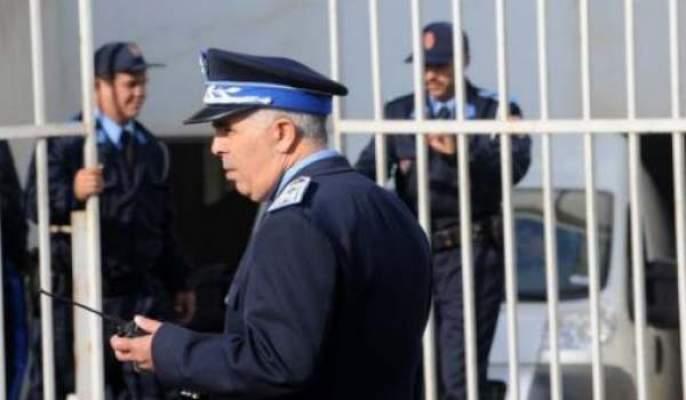 Photo of تأجيل ملف ثلاثة رجال أمن وامرأتان المتهمين بالرشوة