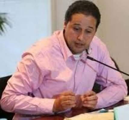 Photo of نوفل البعمري: الخاسر الأكبر من سياسة الجزائر هم سكان تندوف