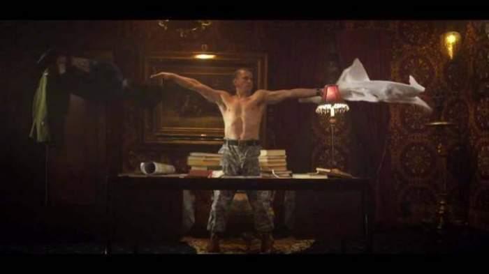 Photo of فيديو: عندما يرقص اقوى رئيس بالعالم ترويجا لفيلم!