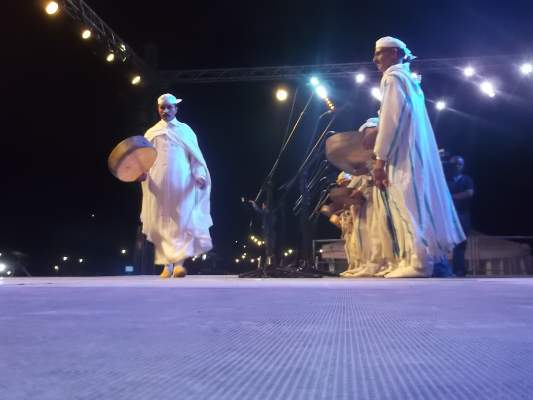 Photo of افتتاح مهرجان أحيدوس بنكهة كوميدية من خلال قصيدة تتحدث عن الانتخابات