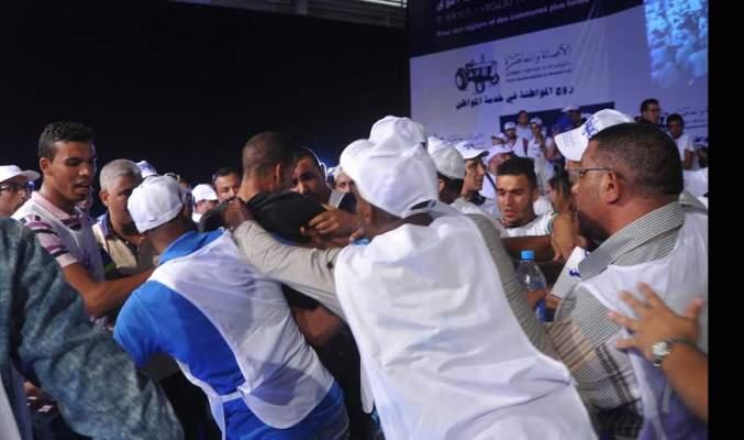 "Photo of ""الحيّاحة"" يصبّون جام غضبهم على الباكوري وينسفون لقاء حزب التراكتور بالدار البيضاء"