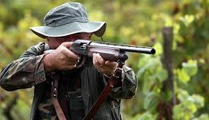 Porto d'armi ai cacciatori, nività per il rilascio