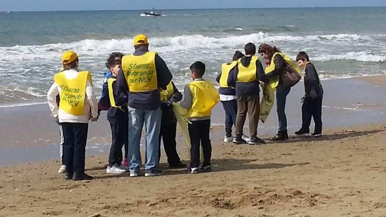 "Legambiente Terracina partecipa al ""Beach Litter 2019"". Avanti tutta!"