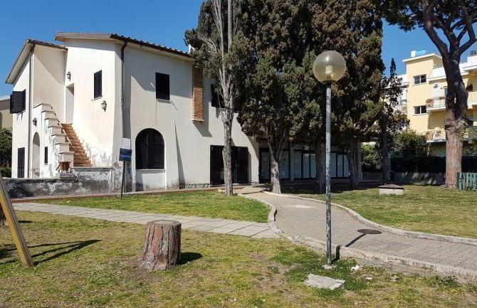 Terracina. Commissariate il centro anziani di Villa Tomassini