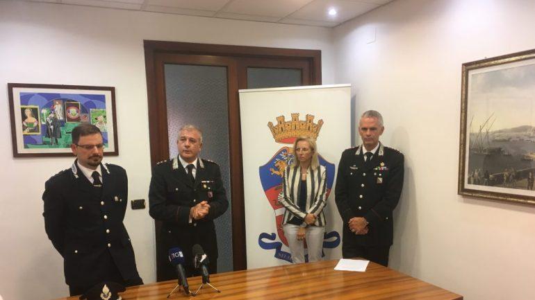 Latina. Per pranzi, droga e meeting d'affari in via Aspromonte, 34 in carcere