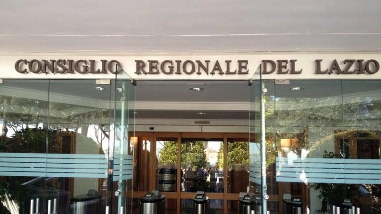 Defibrillatore: in regione Lazio scritta pagina di buona politica