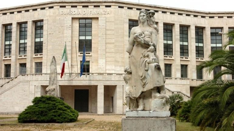 Latina, restauro delle statue di Fondazione? Ci pensano le associazioni e i cittadini