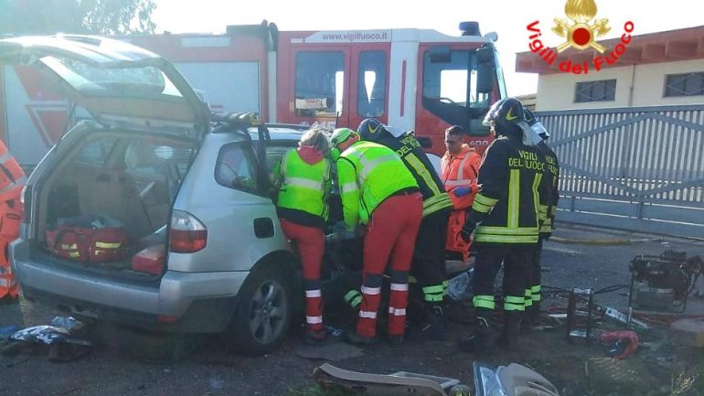 Latina, terrificante incidente stradale in via Acquaviva