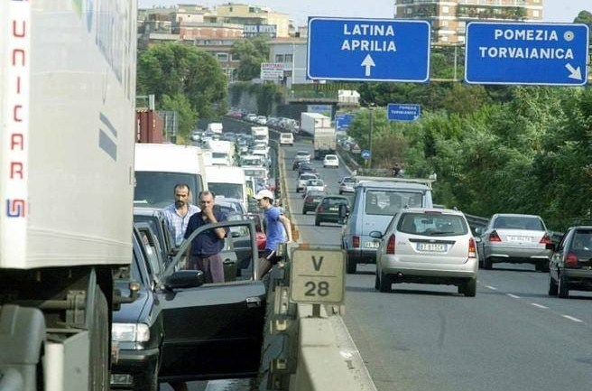 "Roma – Latina: ""Serve commissario come ponte Genova"""