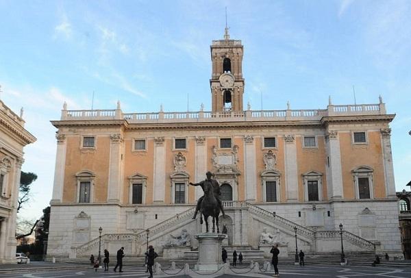 """Coronavirus, :""""PEC Comune di Roma in tilt per richiesta contributi generi alimentari"""""""