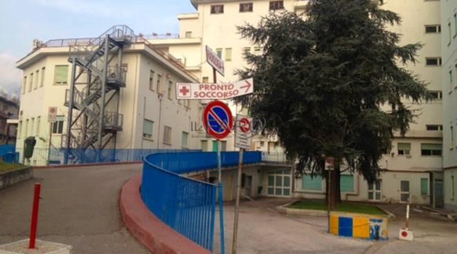 Cinque malati di Covid trasferiti al Dono Svizzero di Formia