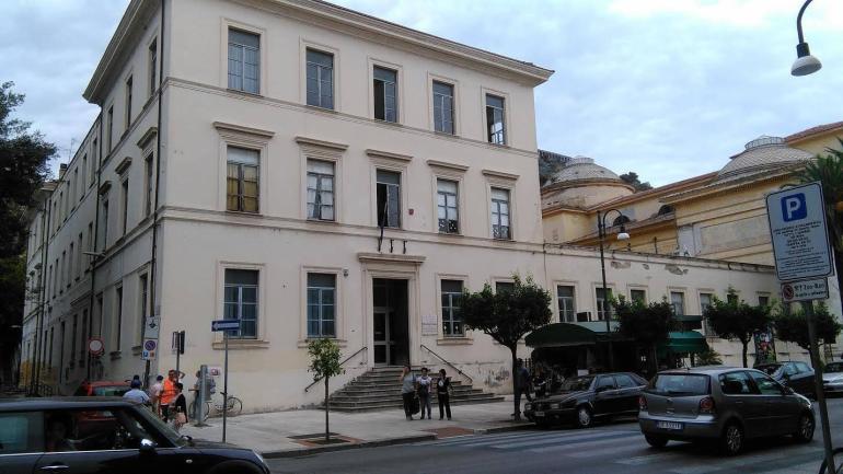 Perchè chiudere gli istituti scolastici di Terracina?