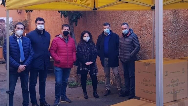 320 chili di prodotti locali per i bisognosi di Fondi: la solidarietà della Coldiretti