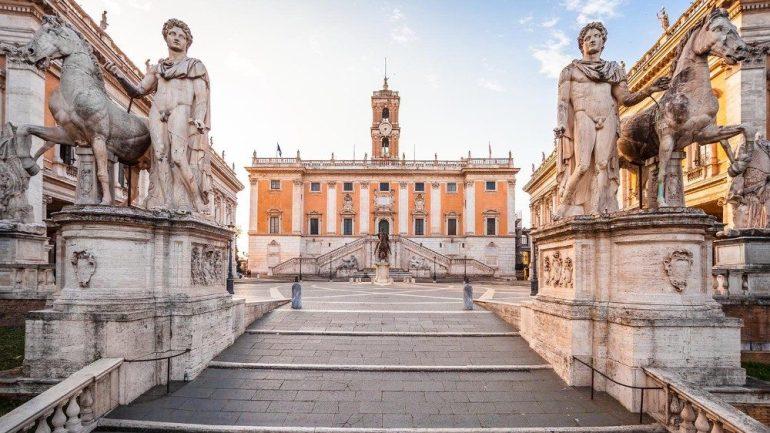 """Roma Capitale, Favali (Assistenti sociali) """"preoccupazione per i tagli ai servizi sociali"""""""