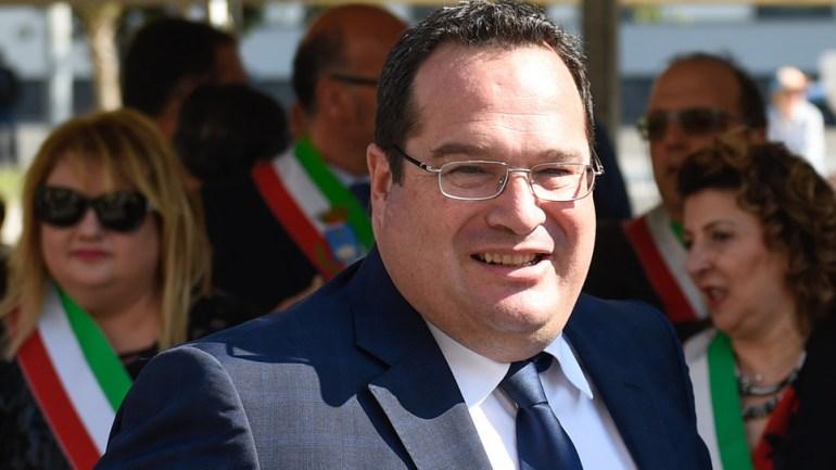"""Rifiuti, Durigon """"Ci vuole il commissario su scontro Roma-Lazio"""""""