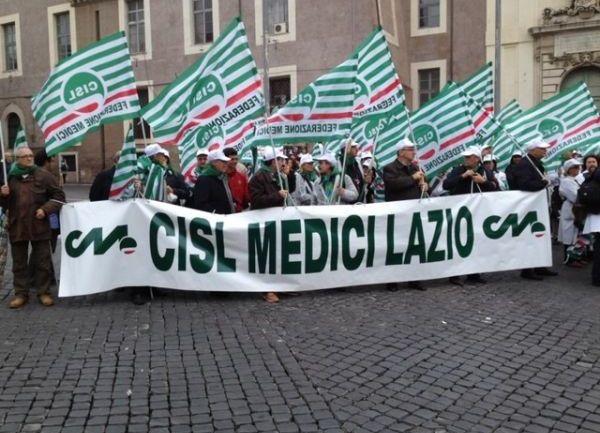 """Cisl Medici Lazio e """"una legge scritta con i piedi"""""""
