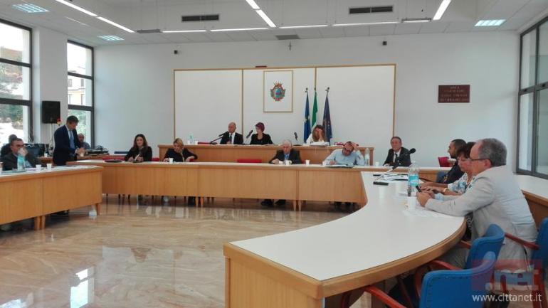 Fondi. Assestamenti in Consiglio comunale
