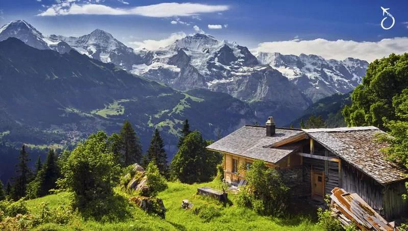 Alpes Suícos durante o Inverno Europeu