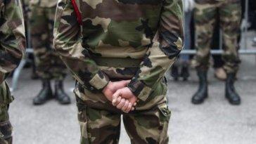 58% des français soutiennent les généraux dissidents de Valeurs actuelles