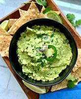 easy guacamole recipe in black bowl