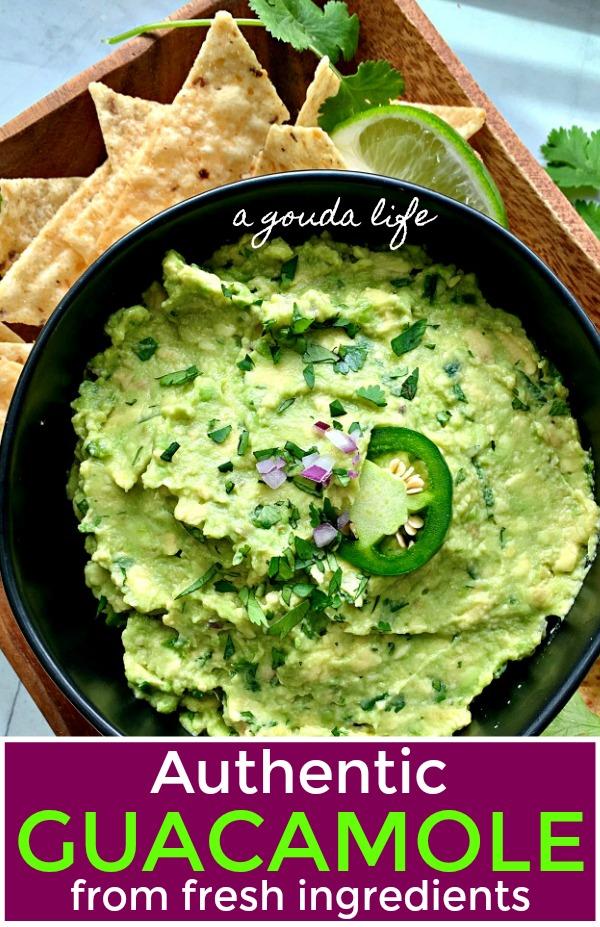 easy guacamole recipe with taco chips