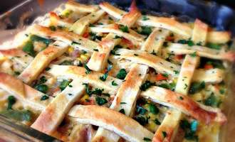 Naan Traditional Turkey Pot Pie ~ a lighter version of a classic with all the flavors we're looking for in this comfort dish.